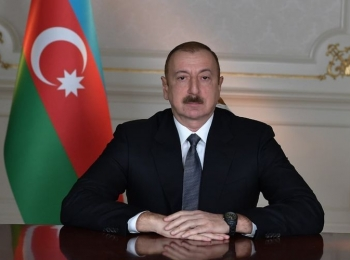 Президент Ильхам Алиев поздравил сингапурского коллегу