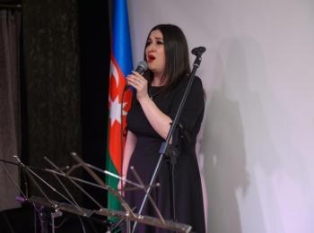 Заслуженная артистка Азербайджана Регина Рустамова заняла первое место на конкурсе вокалистов