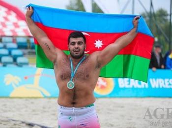 Азербайджанский спортсмен стал победителем Всемирной серии по пляжной борьбе